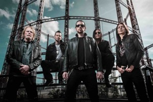 Black Star Riders.
