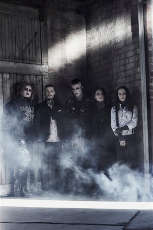 Motionless In White.
